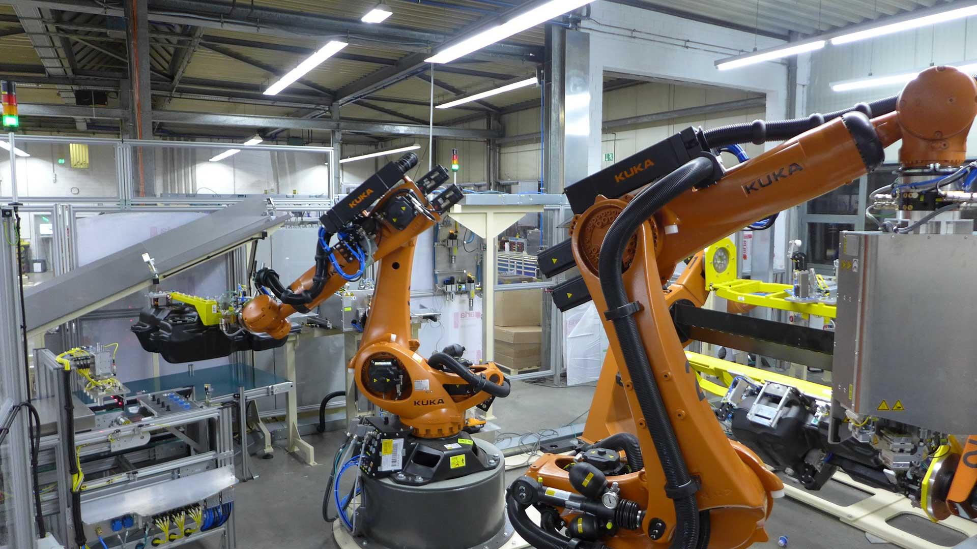 Automation Robotertechnik B+R Blasformtechnik